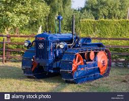 crawler tracks stock photos u0026 crawler tracks stock images alamy