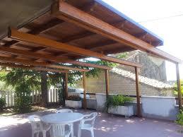 struttura in legno per tettoia tetti in legno moderni affordable tettoia su