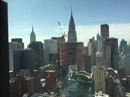 chambre york vue de la chambre chrysler et l empire state buildings picture