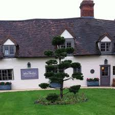 the moat house inn alcester restaurant reviews phone number