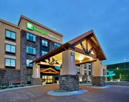 Comfort Inn Great Falls Mt Holiday Inn Express And Suites Great Falls Mt Booking Com