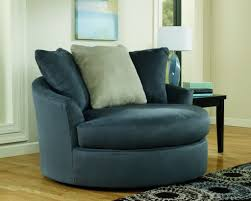 Vintage Swivel Chair Living Room Tips Fixing Wooden Round Swivel Chairs For Living