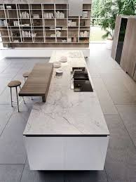cuisine marbre blanc idée relooking cuisine plan de travail de cuisine moderne en