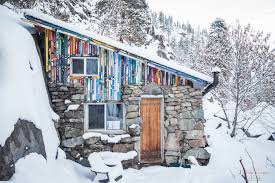 Stunningly by 11 Stunningly Dreamy Remote Cabins In The Middle Of Nowhere Her