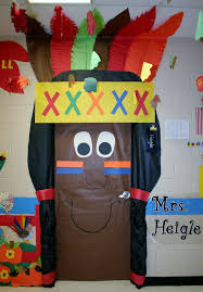 Fantastic Classroom Door Decorations with Fall Door Decoration