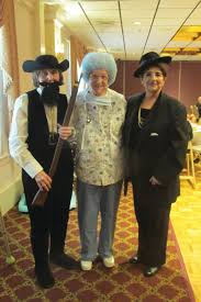 costumes at halloween spirit halloween spirit shines at manton seniors party rhodybeat