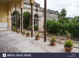 hacienda courtyards 11 photo gallery on cool spanish courtyard