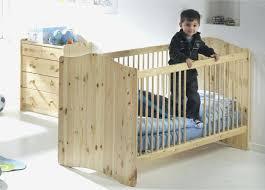 chambre bebe en bois lit bebe bois massif chambre bebe bois massif 13 ikea lit