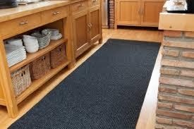 tappeti a metraggio tappeti magnum antiscivolo e durevoli per corridoio colore