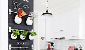 deco mur de cuisine 10 idées de tableau noir dans sa cuisine mes petites puces