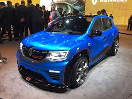 renault kwid black colour live renault kwid racer at auto expo shifting gears