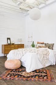 best 25 oriental bedroom ideas on pinterest bohemian bedrooms moroccan poof with oriental rug bedroom