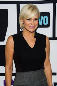 yolanda foster hair how to cut and style yolanda foster with lyme disease i have lost the ability to
