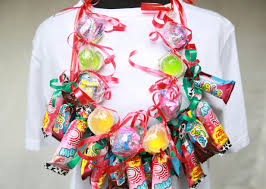 full size candy bars halloween how to make a candy lei with pictures wikihow