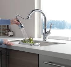 How To Install Kitchen Faucet by How To Install A Single Handle Kitchen Faucet