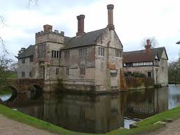 baddesley clinton a moated manor house in warwickshire with