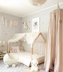 chambre bebe original les 25 meilleures idées de la catégorie chambres de bébé fille sur