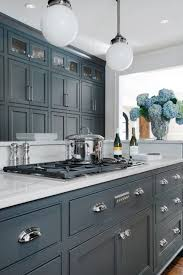 what color should i paint my kitchen with white cabinets full