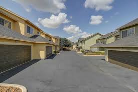 Rental Homes San Antonio Tx 78230 Castle Hills Townhomes Apartments In San Antonio Tx