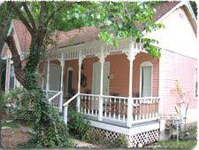 Bed And Breakfast In Arkansas Red Bud Valley Resort And Little Glass Chapel In Eureka Springs