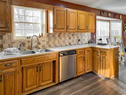 what flooring looks with honey oak cabinets what color flooring with honey oak cabinets page 1 line