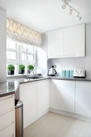 gardinen für die küche die küchengardinen ein wundervolles deko element trendomat