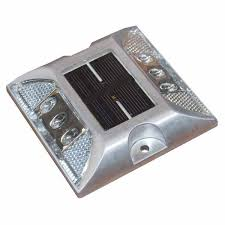 solar led dock lights taylor made solar led aluminum dock light west marine