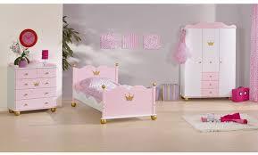 chambre fille 3 ans dcoration chambre garon 3 ans maintenant a une collection de