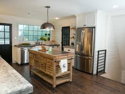 Kitchen Interior Decor 5 Things Every Fixer Upper Inspired Farmhouse Bathroom Needs