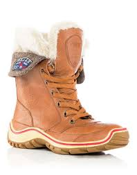 the bay canada womens boots pajar winter boots boots s shoes shoes hudson s bay