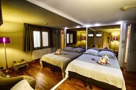 hotel chambre avec miroir au plafond chambre audace