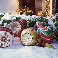 awesome picture of large outdoor tree ornaments