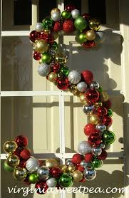 Window Decorations For Christmas Uk by Six Christmas Wreaths To Inspire Sweet Pea