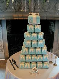 individual wedding cake boxes on wedding cakes with personalized