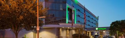 Three Flags Tavern St Louis Holiday Inn St Louis Downtown Conv Ctr Hotel By Ihg