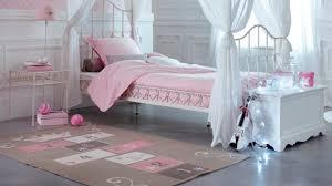 tapis chambre fille grand tapis chambre fille abri de jardin