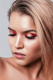 Online Make Up Classes Master Makeup Course