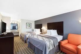 Comfort Suites Ennis Texas Days Inn Ennis Tx Booking Com