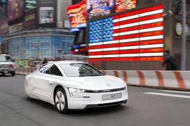 volkswagen xl1 sport volkswagen xl1 achieves 261 mpg european car