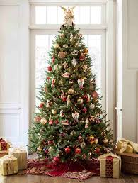 balsam beauty and noel style tree christmas tree decorating ideas