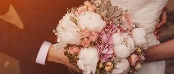 wedding flowers hamilton planning your wedding flower budget pacific dahlia