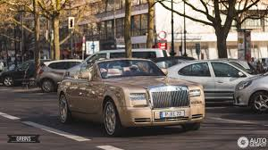 rolls royce phantom gold rolls royce phantom drophead coupé series ii 3 april 2017