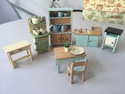 dolls house kitchen furniture vintage dollshouse kitchen furniture dollies mixture 1 16 3 4
