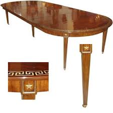 the buzz on antiques how many people can sit at a dining table