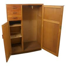 office wooden cupboard manufacturer from vadodara