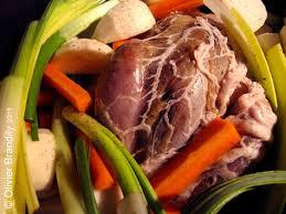 cuisiner un faisan en cocotte faisan au pot à l étouffée et ses petits légumes d hiver