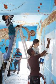 3d Hole Murals 3d Cake Image Yusuke Asai Covers Classroom In Maharashtra With A Painted Mud Mural