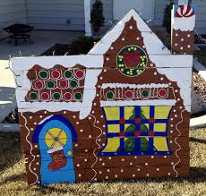 Christmas Yard Decorations Carolers by 544 Best Christmas Decor And Yard Scenes Images On Pinterest