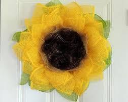 deco paper mesh the 25 best paper mesh ideas on trendy tree wreath