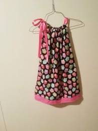 this would be adorable for a little flower dress for a